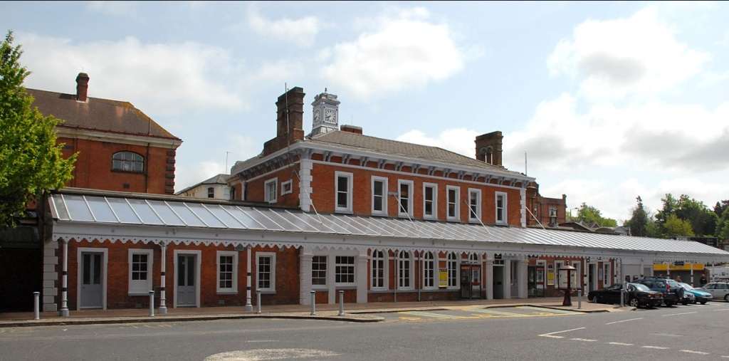 tunbridge-wells-station